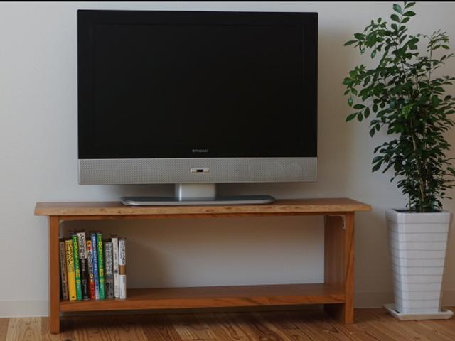 一枚板耳付きのテレビ台(ブラックチェリー)イメージ1